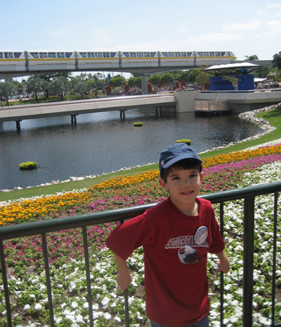 Callum and the monorail