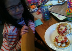Gluten-free rice cake pizzas