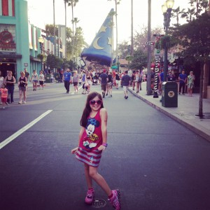 Hollywood Studios hat
